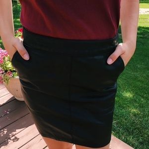 Forever 21 faux leather skirt small